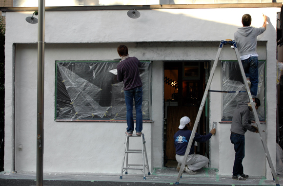 外壁にも漆喰!_b0140723_23433391.jpg