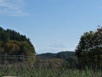 三峰の丘_f0019247_22241253.jpg