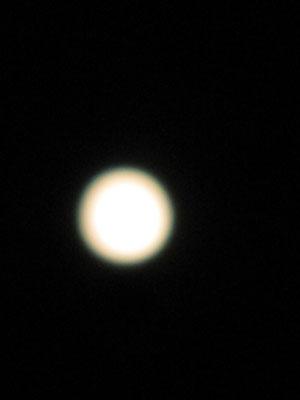 月の輝き_f0061394_1055841.jpg