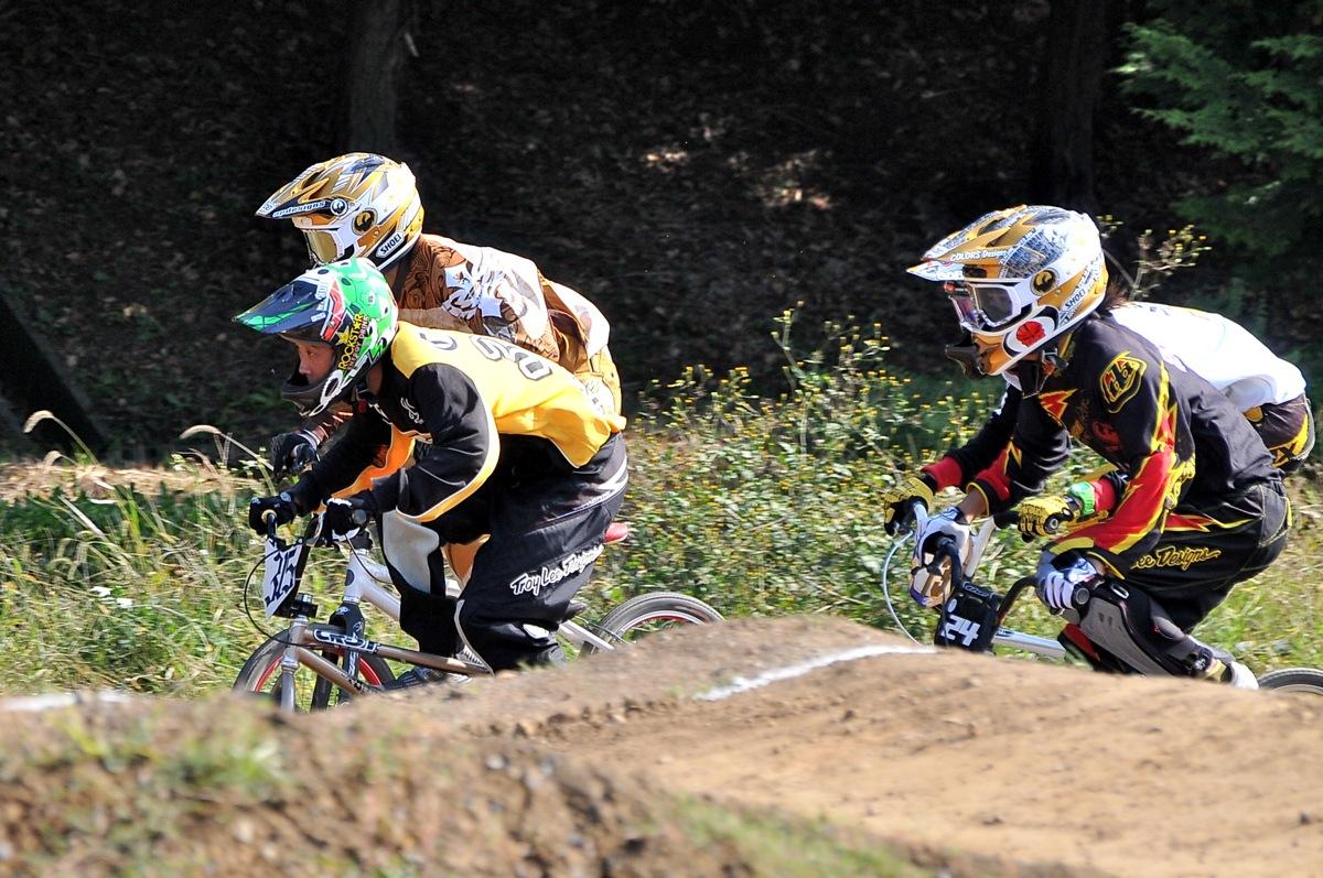 2009JBMXFジャパンシリーズ第4戦緑山VOL12:全クラス予選その3_b0065730_1872684.jpg