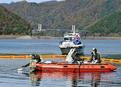 徳山ダムでテロ対策 訓練!!!_f0197754_23504419.jpg