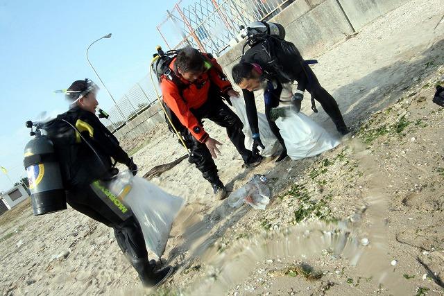 UPが前後しますが11/1(日)サザンビーチに海底清掃!_e0115199_22161476.jpg