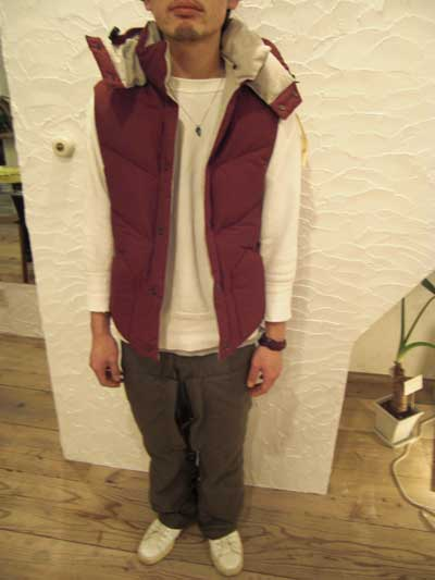 HOODED DOWN VEST_a0113127_1417926.jpg