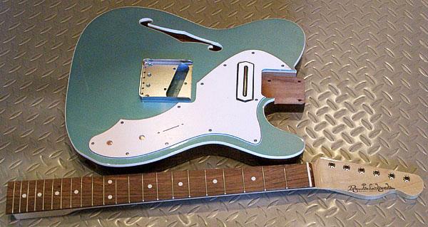 「青メタのHollow T-Line Custom」の塗装が完了〜!_e0053731_2012051.jpg