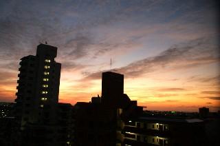 黎明時_e0166355_6375076.jpg