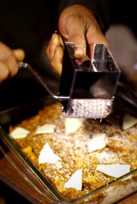 チーズグレーターをようやく使う_c0110869_17575653.jpg