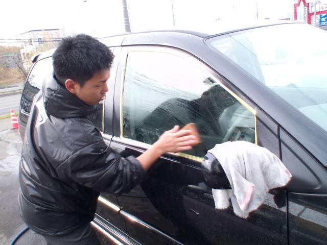 店長のニコニコブログ!日曜日は2人体制での営業です!_b0127002_20113751.jpg