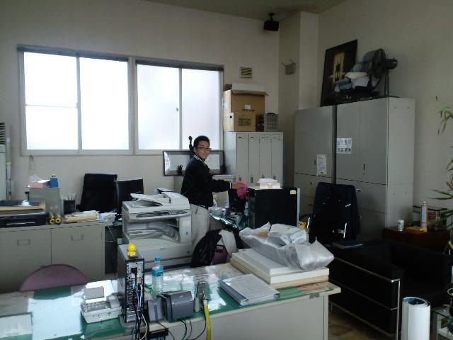 店長のニコニコブログ!日曜日は2人体制での営業です!_b0127002_2074339.jpg