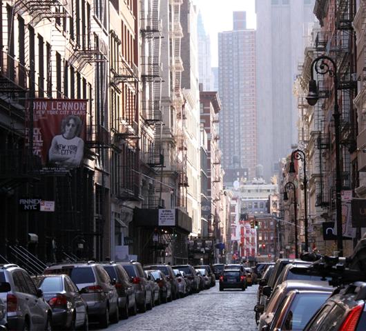 ニューヨークの秋の街角風景、SOHOより_b0007805_2182318.jpg