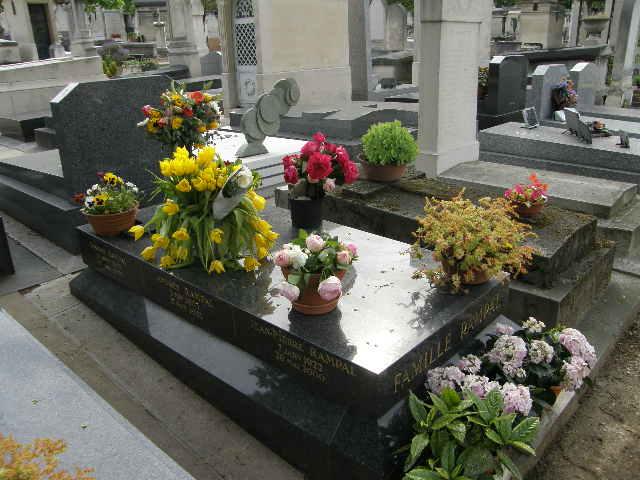 モンパルナス墓地 -その1-_f0189467_020917.jpg