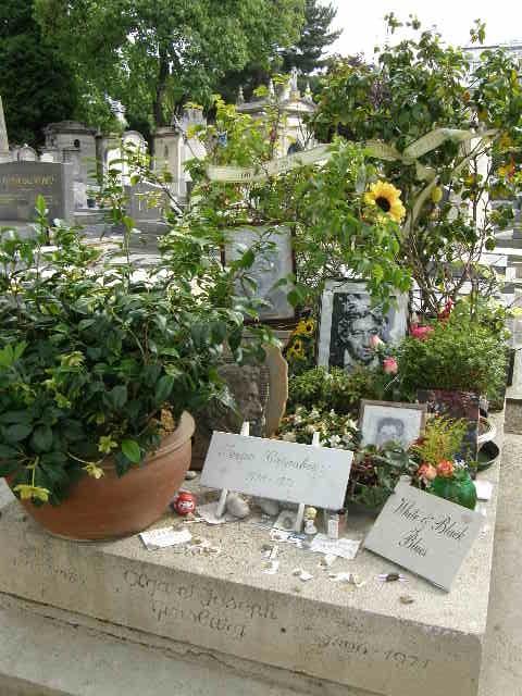 モンパルナス墓地 -その1-_f0189467_021395.jpg