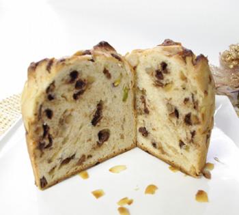 おぱんで豆蔵の天然酵母パネトーネ_e0190082_17271766.jpg