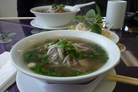 メインストリートのベトナム料理やさん。「Bon Cafe」_d0129786_14302028.jpg