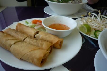 メインストリートのベトナム料理やさん。「Bon Cafe」_d0129786_14432250.jpg