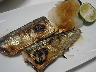 秋刀魚の塩焼き_c0025217_1173326.jpg