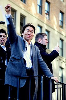 ヤンキースに沸いた一日 最高の優勝パレード!_e0160528_1253241.jpg