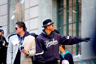 ヤンキースに沸いた一日 最高の優勝パレード!_e0160528_12563549.jpg