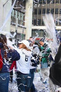 ヤンキースに沸いた一日 最高の優勝パレード!_e0160528_13363957.jpg