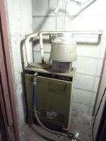 中央区Tマンション給湯器取換工事_e0184941_1219481.jpg