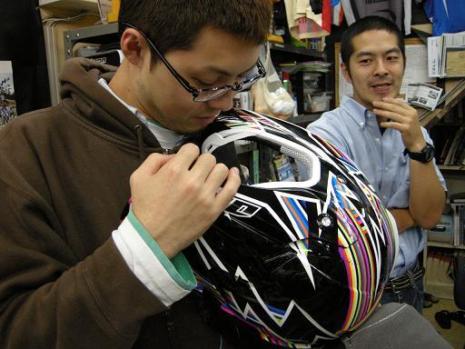 2010 ONE KOMBATヘルメット試着会_f0062361_2126257.jpg