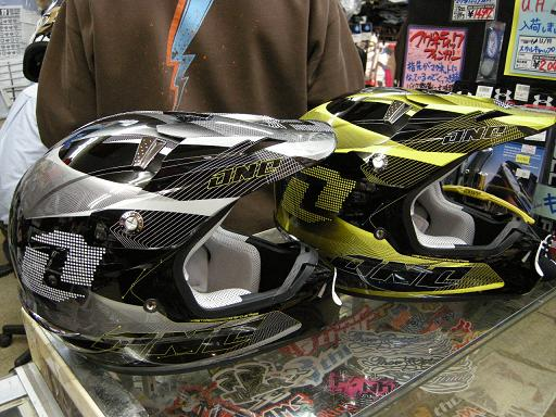 2010 ONE KOMBATヘルメット試着会_f0062361_217915.jpg