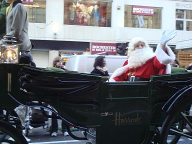 THE CHRISTMAS PARADE @Harrods_a0102784_050274.jpg