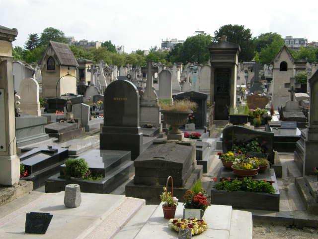 モンパルナス墓地 -その2-_f0189467_0174357.jpg