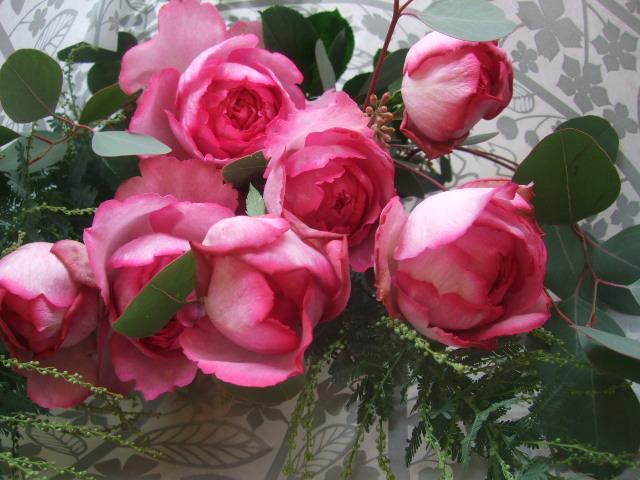 オークリーフ(バラとポプラスベリーの花束)_f0049672_18192255.jpg