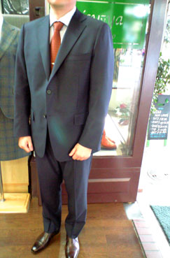 お仕立スーツのご紹介_b0081010_18471515.jpg