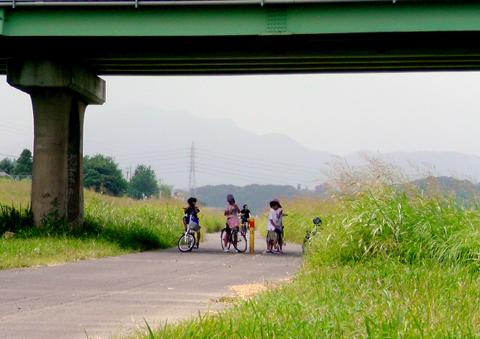2009年『鳥取砂丘らくだはニンジンを食べるのか?実証の旅』【その1】_c0215063_22105019.jpg