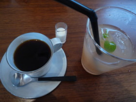 コーヒーカップ_e0102439_10481194.jpg