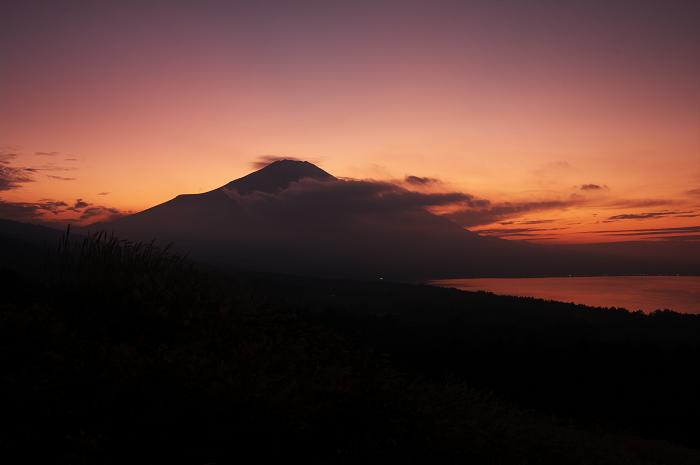 2009 富士山の秋(4)~夕景と星空と(山中湖・本栖湖)_f0155048_11185147.jpg