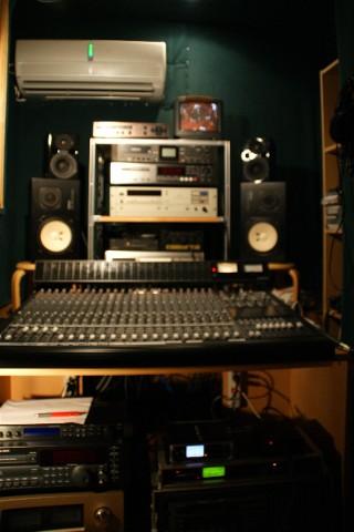 録音機材に電源ON_e0166355_9424676.jpg