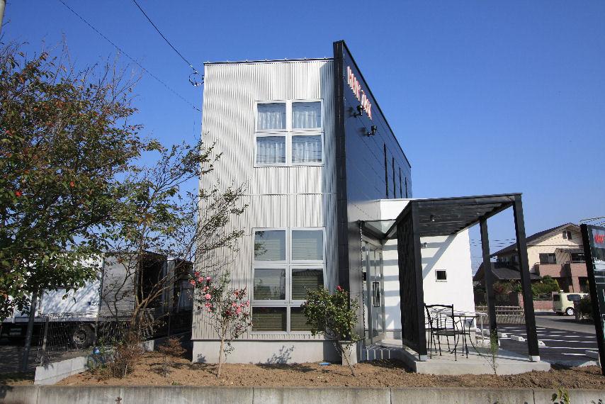 T\'s設計室設計の店舗がオープンしました。_c0210533_1233041.jpg