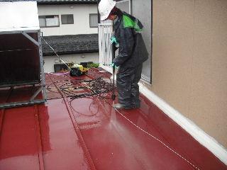 屋根塗装・・初日の高圧洗浄_f0031037_18472883.jpg