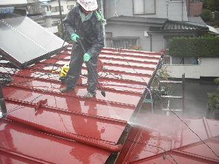 屋根塗装・・初日の高圧洗浄_f0031037_18481187.jpg
