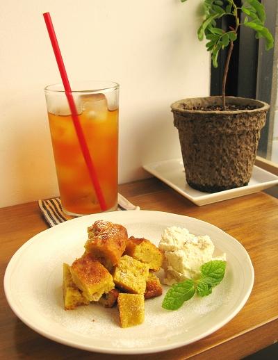 高円寺「cafe+gallery ヒトソラ」(2012年12月閉店)_f0169341_13655.jpg