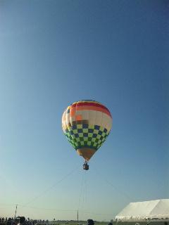 ♪気球に乗ってどこまでも行こう♪_f0115311_13572830.jpg