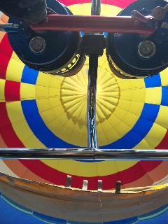 ♪気球に乗ってどこまでも行こう♪_f0115311_13572859.jpg