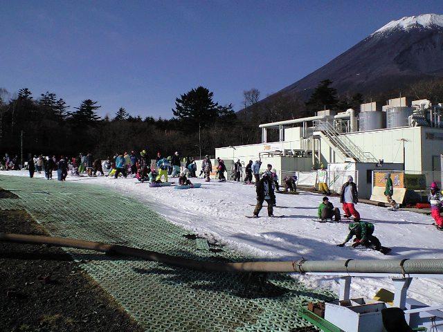 イエティ☆富士山を見ながらスノーボードのお仕事_c0151965_1913770.jpg