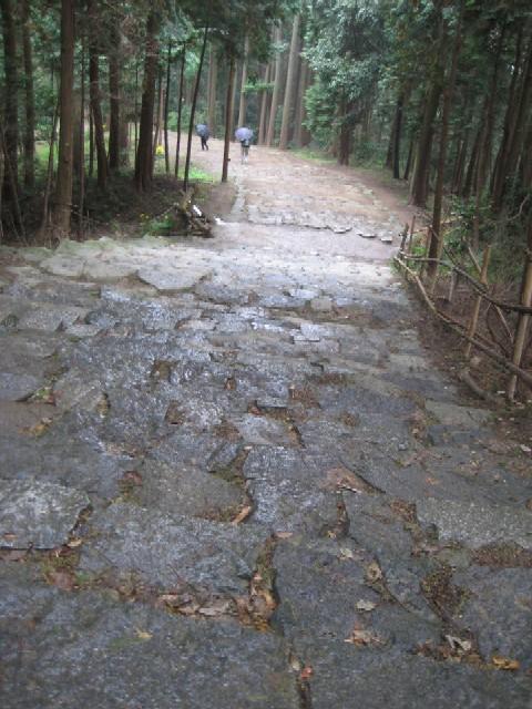 雨の安土城を歩く_c0013687_21425487.jpg