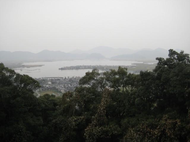 雨の安土城を歩く_c0013687_21432329.jpg