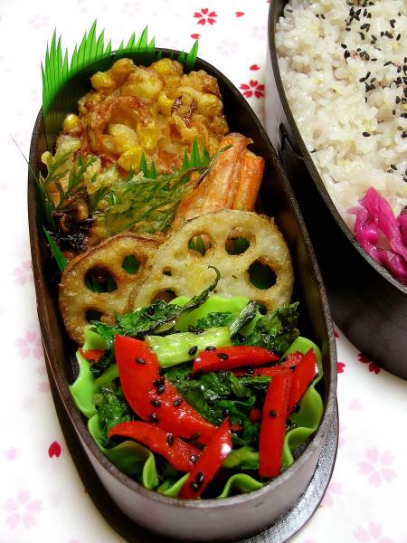 新しい雑穀ごはん♪と天ぷら弁当_b0171098_6362739.jpg