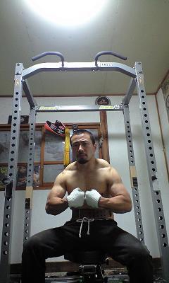 秋山成勲とベントロー190kgと長渕剛_f0081919_0553160.jpg