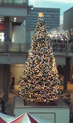クリスマスツリー_e0163255_22141646.jpg