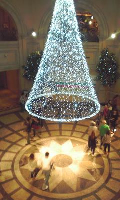 クリスマスツリー_e0163255_22141674.jpg