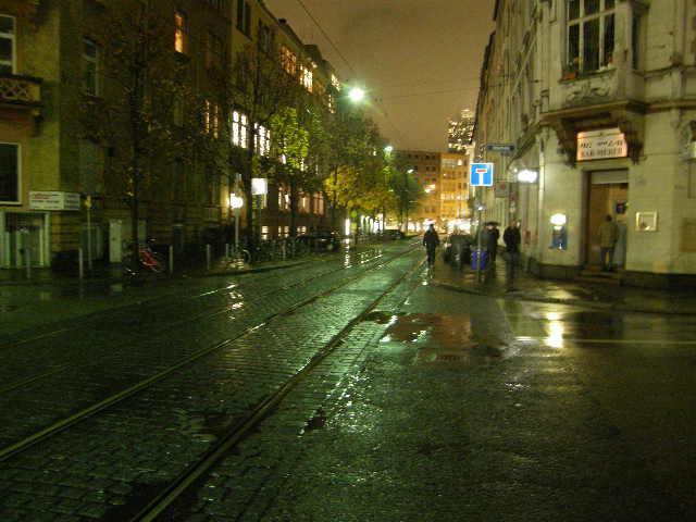 海外出張の孤独な夜_f0189467_1440915.jpg