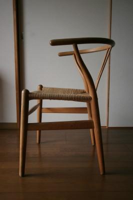 我が家の椅子 その3_d0021969_7125865.jpg