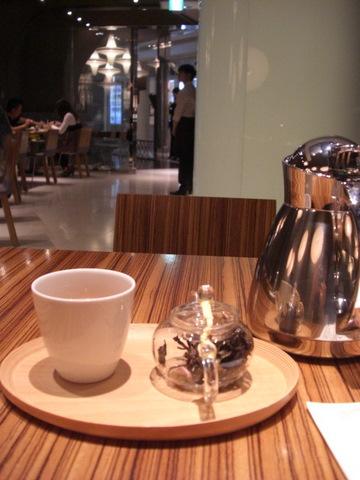 TORAYA CAFE @ 表参道ヒルズ_f0169509_2584438.jpg