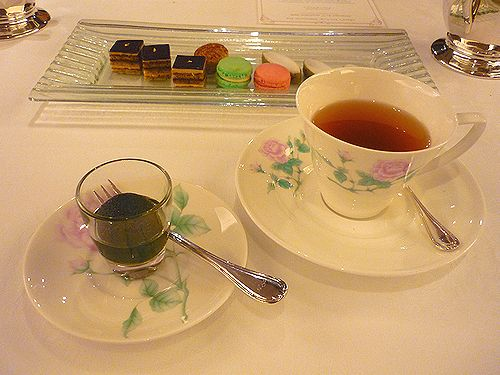 2010Michelin一つ星☆レストラン・パッション で 代官山だより♪4周年☆Maria\'s Tea Cup Afternoon Tea✛_a0053662_15244431.jpg